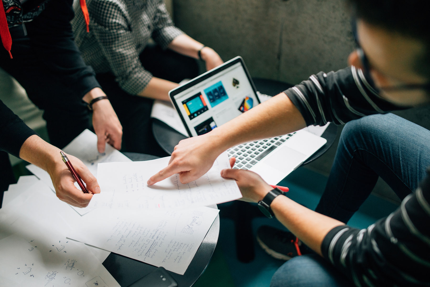 Rewarding Managers For Good Survey Scores